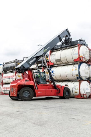 Kalmar Eco RST at Broekman Logistics (10)